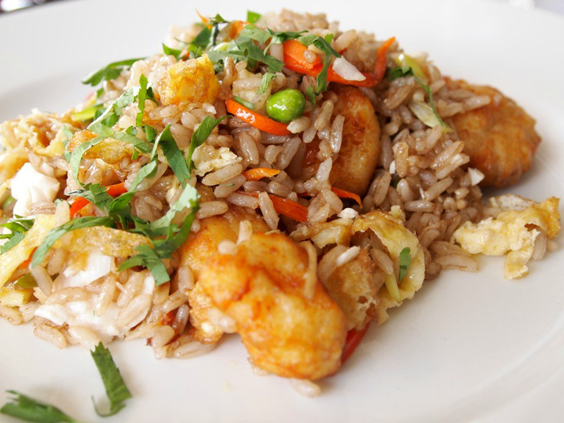 Chaufa de pescado stir fried rice with fish peru delights for Rice recipes to go with fish