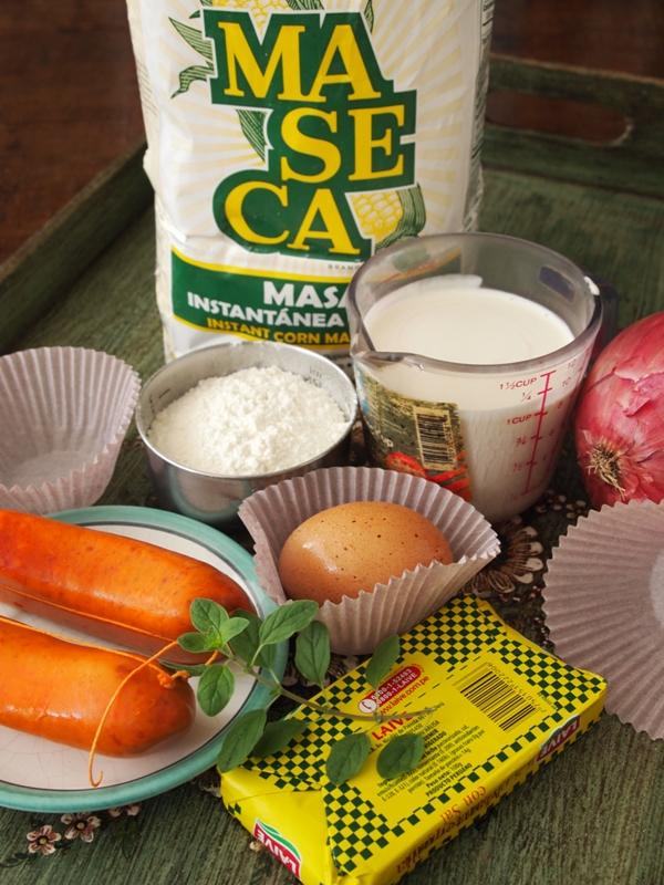 Muffins de Maseca y Salchicha de Huacho. jpgA