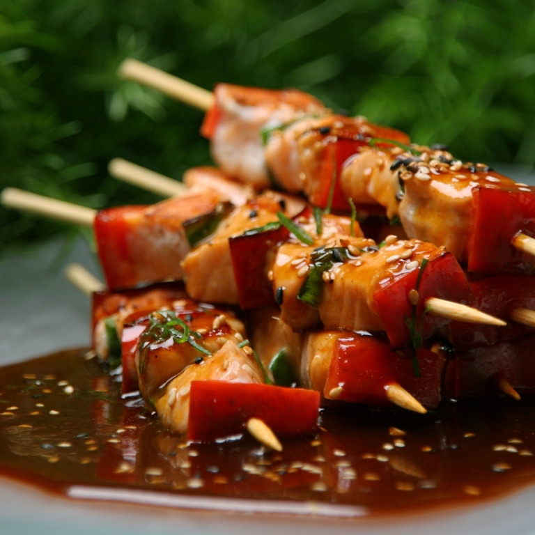 Fish anticuchos with Oriental Sauce. jpg 1