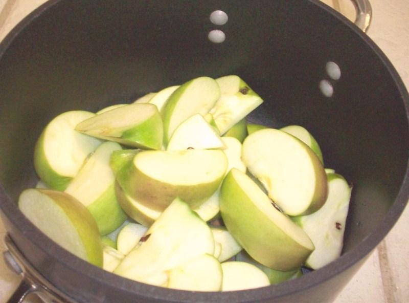 agua-de-manzana-jpg-1
