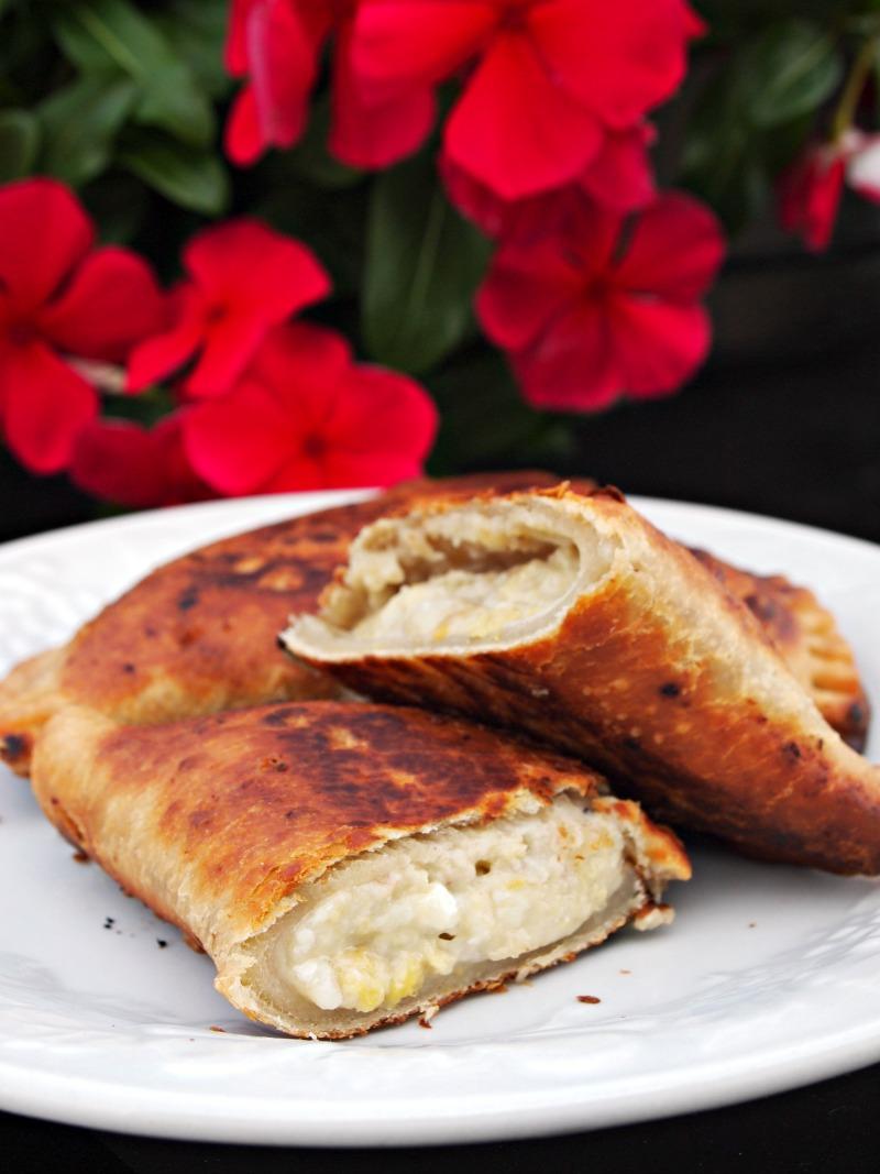 Empanadas de plátano y queso. jpg